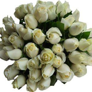 בוקה ורדים לבנים