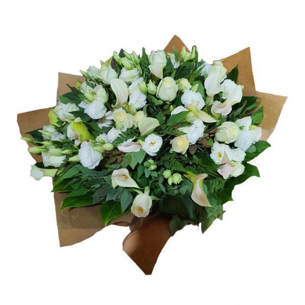 פרחי גורדון זר לבן בהשראת בוהו